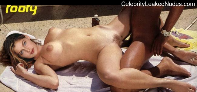 Naked celebrity picture Laetitia Casta 21 pic