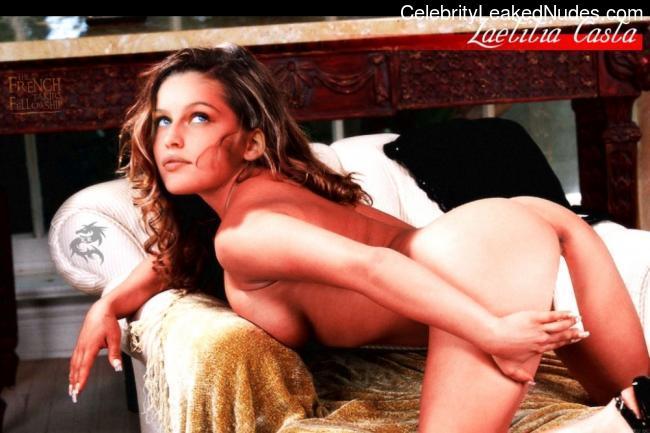 Hot Naked Celeb Laetitia Casta 23 pic