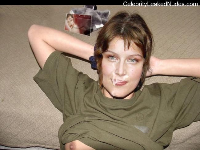 Free nude Celebrity Laetitia Casta 20 pic