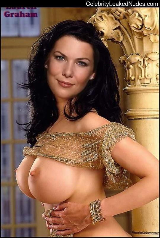 nude celebrities Lauren Graham 8 pic