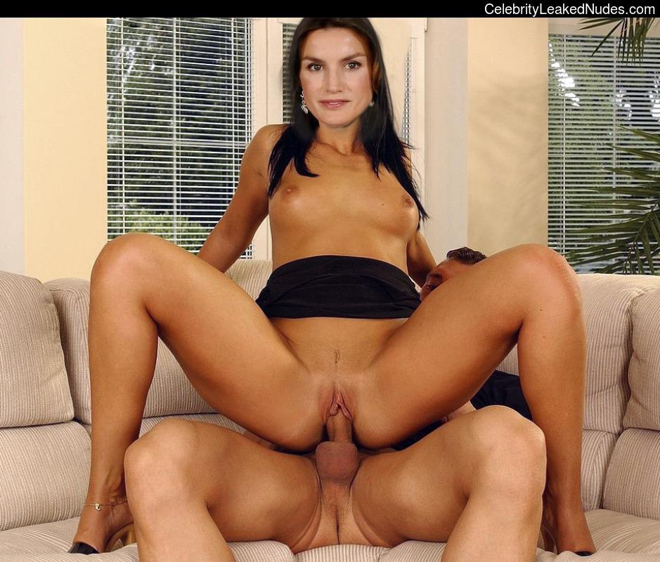 Hot Naked Celeb Letizia Ortiz 10 pic