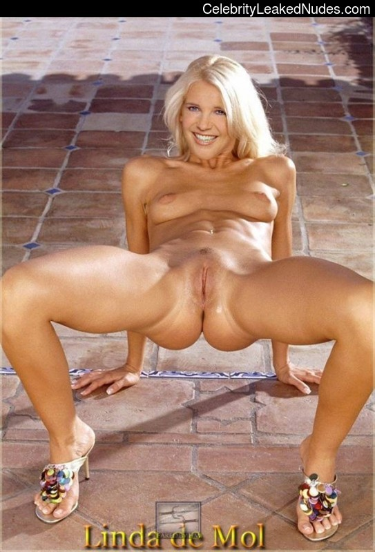 Real Celebrity Nude Linda De Mol 17 pic