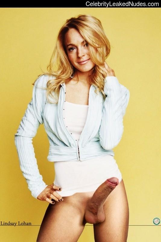 Famous Nude Lindsay Lohan 13 pic