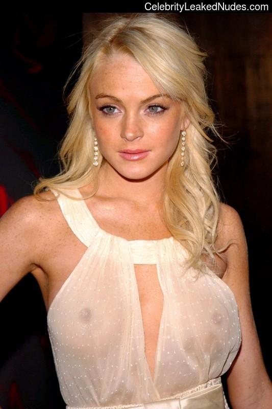 Celeb Nude Lindsay Lohan 8 pic
