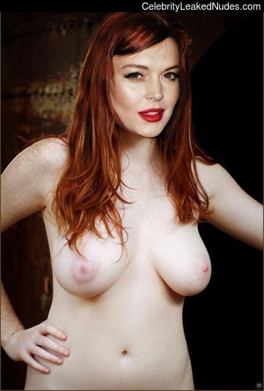 lindsay lohan in church nude -