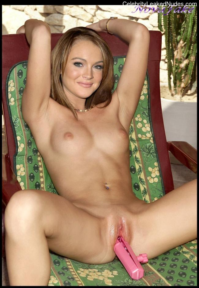 nude celebrities Lindsay Lohan 17 pic