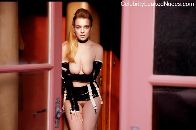 Naked celebrity picture Lindsay Lohan 6 pic