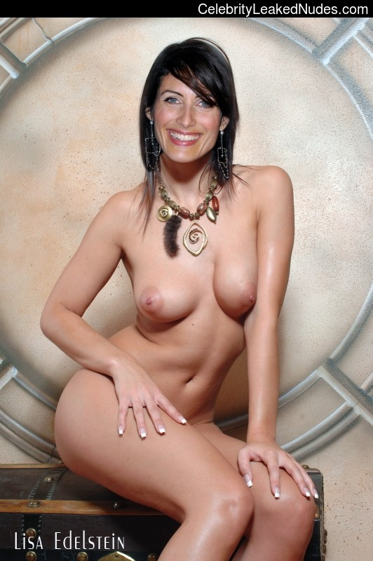 Celebrity Nude Pic Lisa Edelstein 11 pic