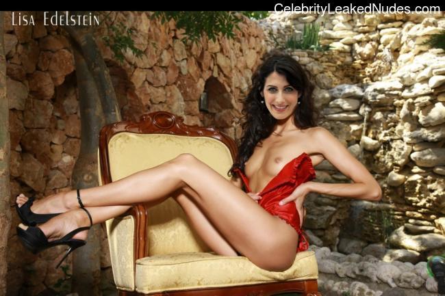 Celeb Naked Lisa Edelstein 1 pic