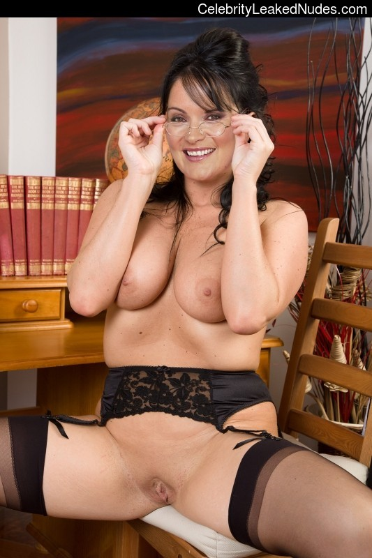 Mature milf kelly leah