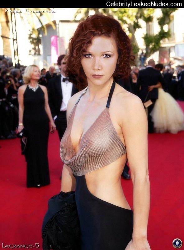 Celeb Nude Maggie Gyllenhaal 8 pic
