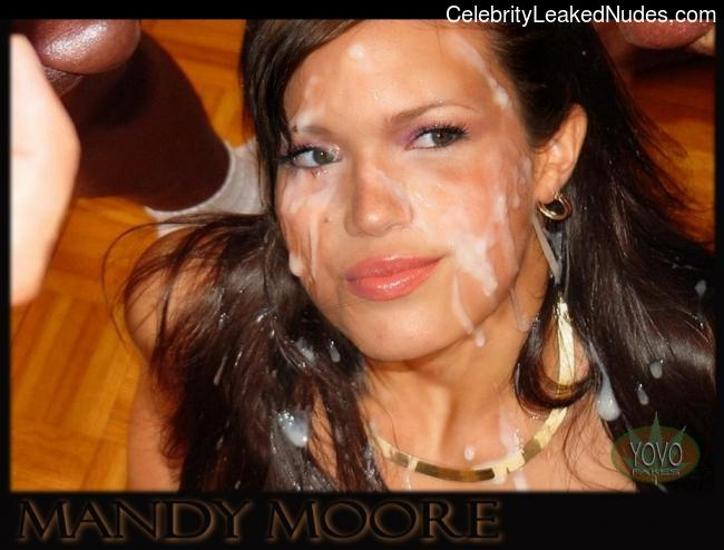 Celeb Nude Mandy Moore 29 pic