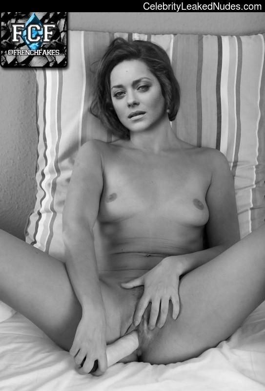 Free Nude Celeb Marion Cotillard 11 pic