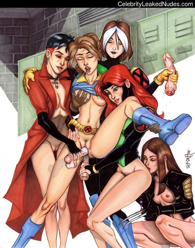 Famous Nude Marvel Comics 22 pic