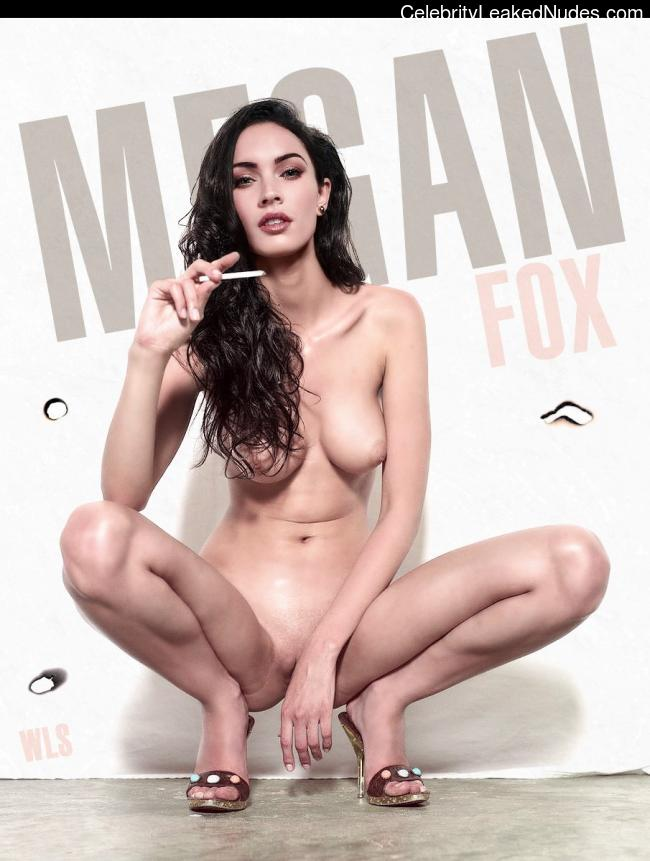 Famous Nude Megan Fox 15 pic