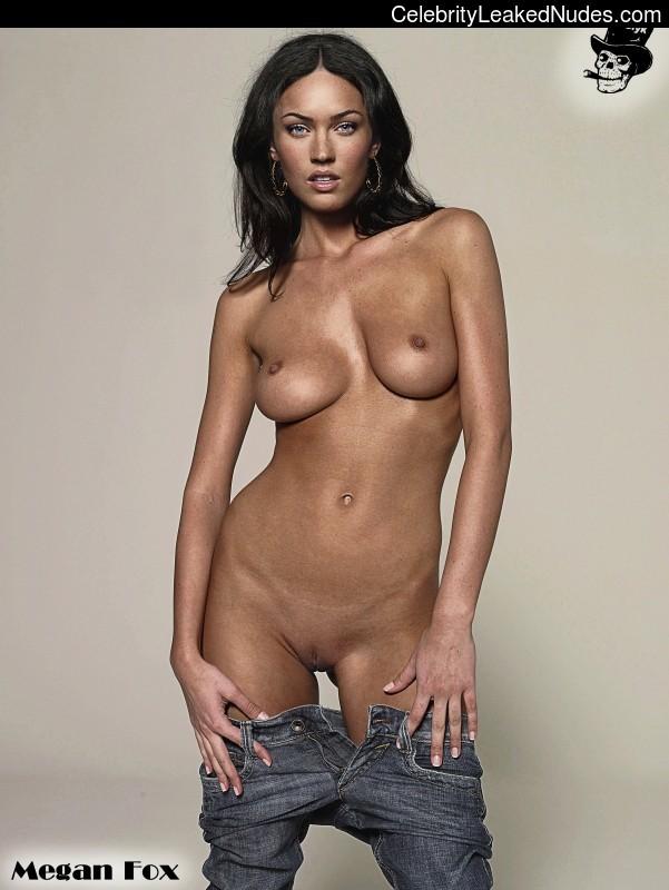 Naked Celebrity Megan Fox 11 pic