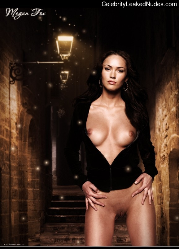 fake nude celebs Megan Fox 14 pic