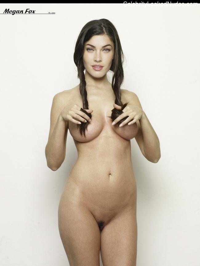 Nude Celeb Megan Fox 27 pic