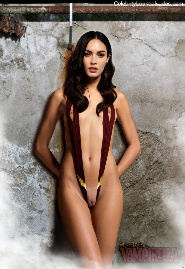 Nude Celeb Megan Fox 5 pic