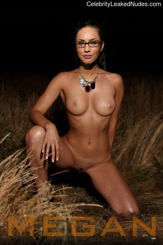 Celeb Naked Megan Fox 14 pic