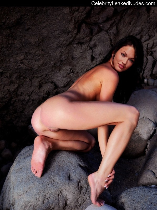 Free Nude Celeb Megan Fox 15 pic