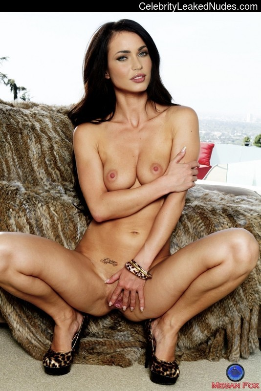 Naked Celebrity Pic Megan Fox 20 pic