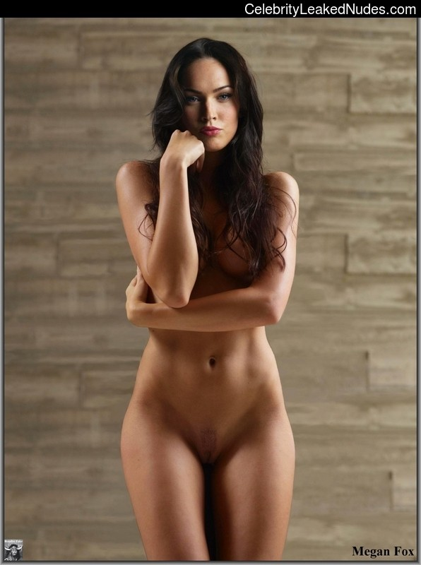 naked Megan Fox 22 pic