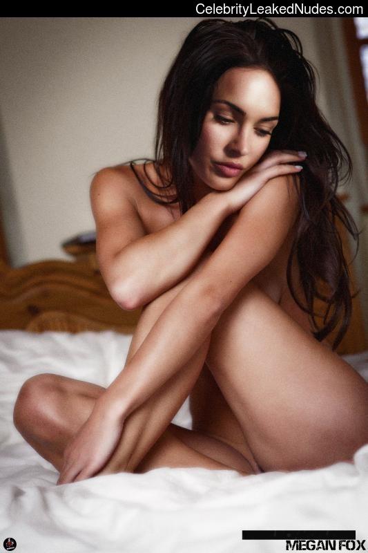Naked Celebrity Megan Fox 6 pic