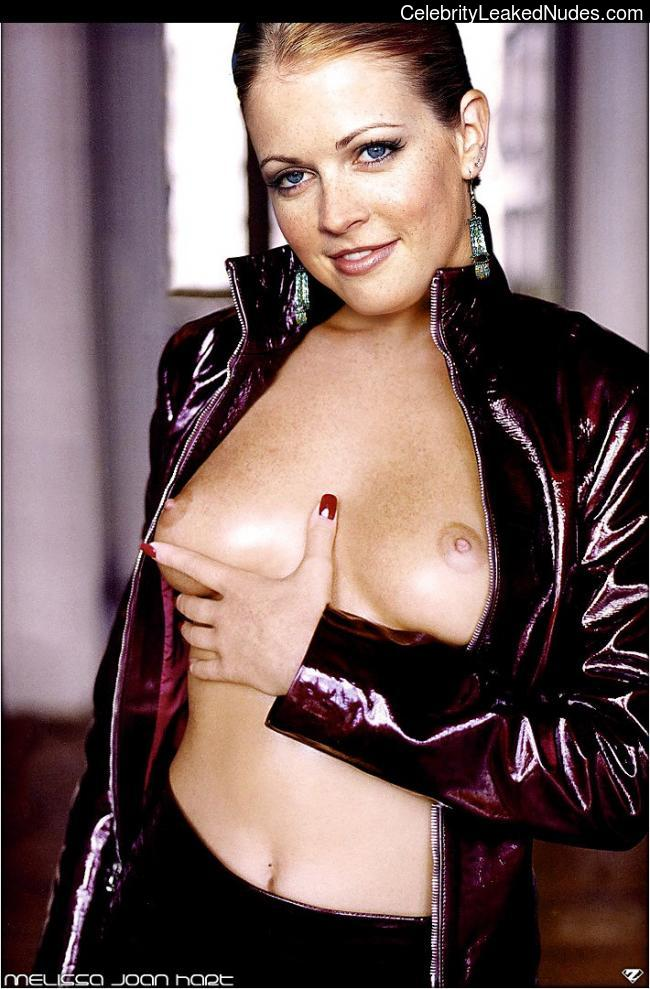 Real Celebrity Nude Melissa Joan Hart 25 pic