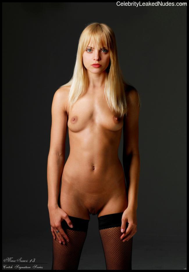 mina-suvari-seks