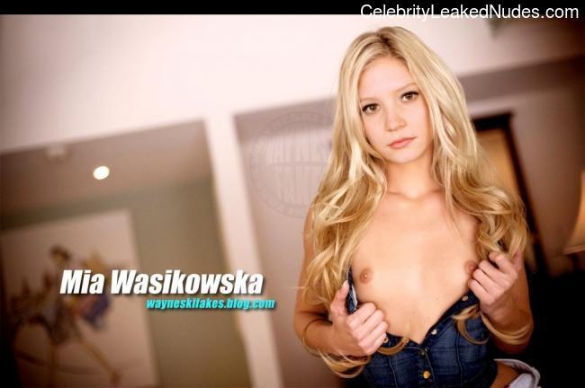 Free Nude Celeb Mia Wasikowska 12 pic