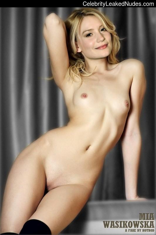 celeb nude Mia Wasikowska 6 pic