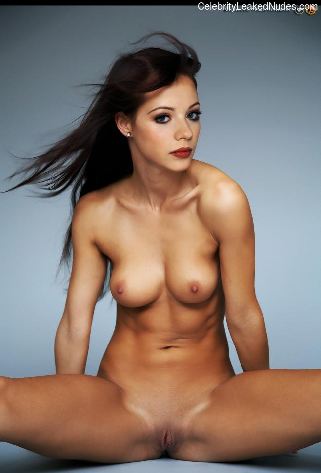 Naked celebrity picture Michelle Trachtenberg 12 pic
