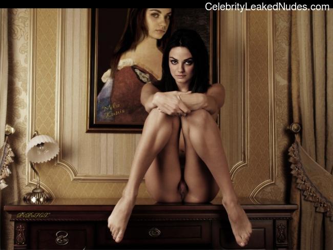Celeb Nude Mila Kunis 2 pic
