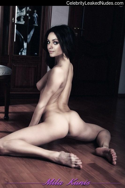 Free Nude Celeb Mila Kunis 30 pic