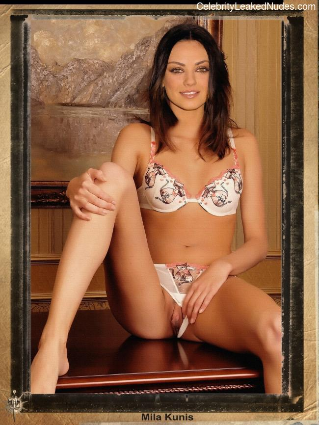 Celebrity Naked Mila Kunis 18 pic