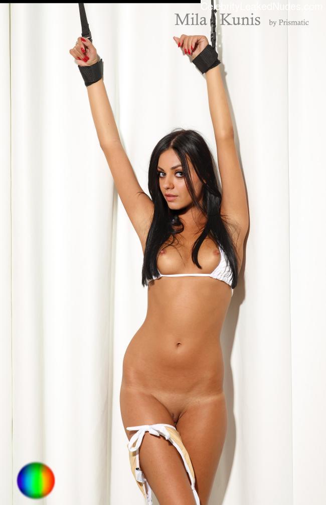 Nude Celeb Mila Kunis 21 pic