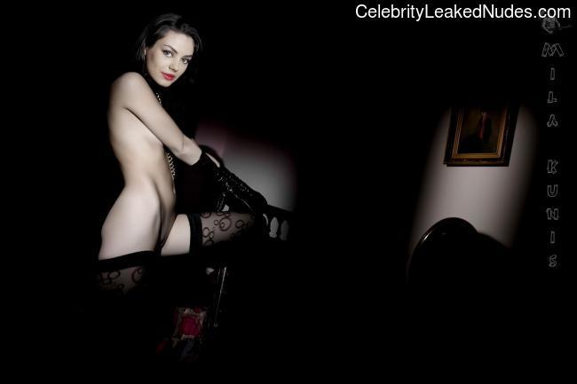 nude celebrities Mila Kunis 24 pic