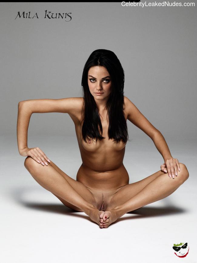 Newest Celebrity Nude Mila Kunis 30 pic