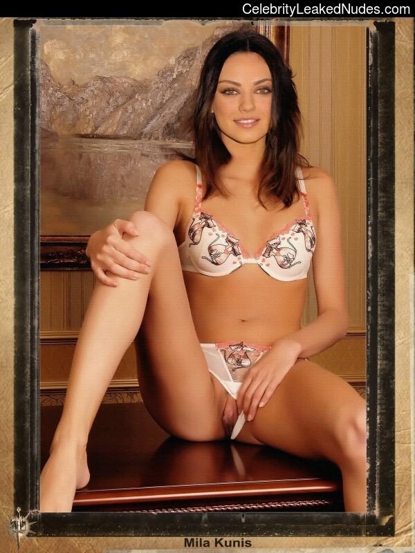 Nude Celeb Mila Kunis 6 pic