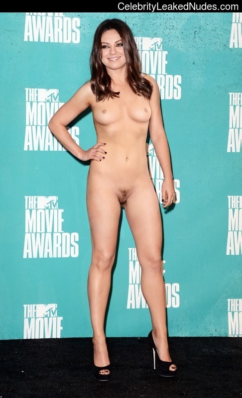 Celebrity Nude Pic Mila Kunis 15 pic