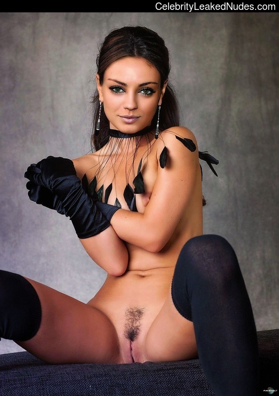 Best Celebrity Nude Mila Kunis 22 pic