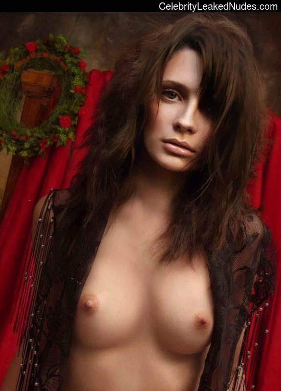 Celeb Naked Mischa Barton 7 pic