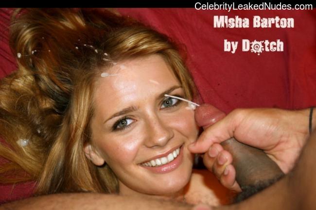 Celebrity Naked Mischa Barton 7 pic