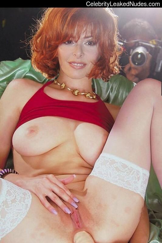 Mylene farmer nude