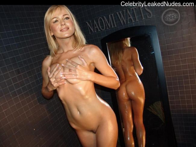 Free Nude Celeb Naomi Watts 23 pic