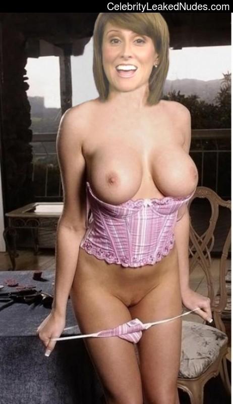 girl nude holiday pic