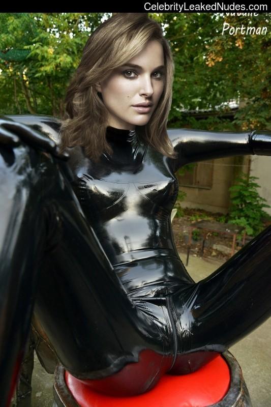 Free Nude Celeb Natalie Portman 6 pic