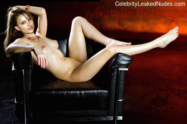 Newest Celebrity Nude Natalie Portman 17 pic