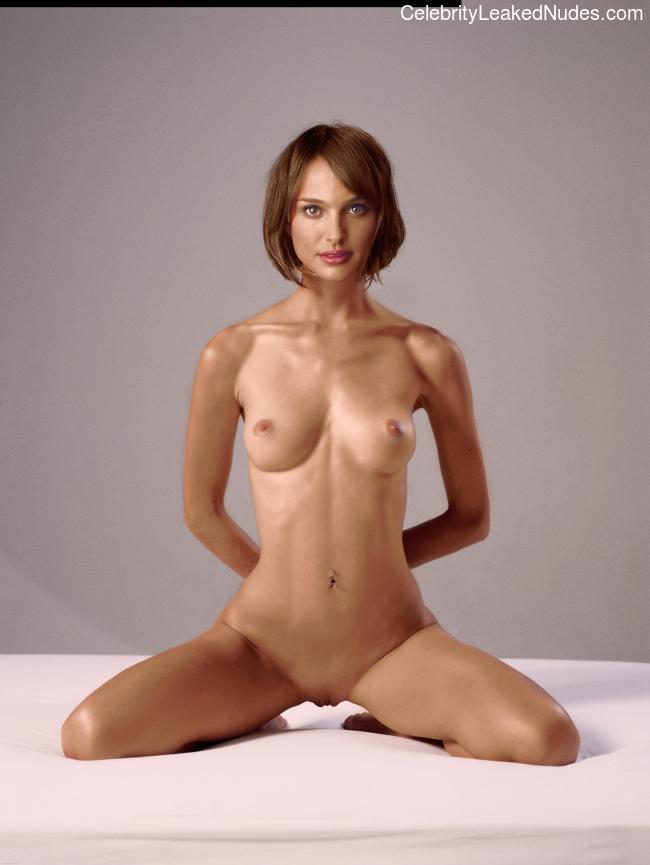Free nude Celebrity Natalie Portman 14 pic